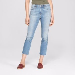 NWT High-Rise Kick Boot Crop Jeans Light Wash